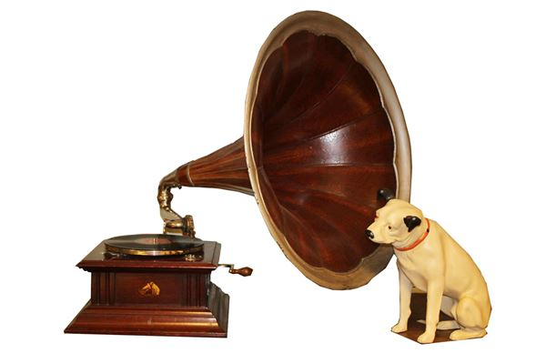 His Master's Voice Grammophon mit Nipper