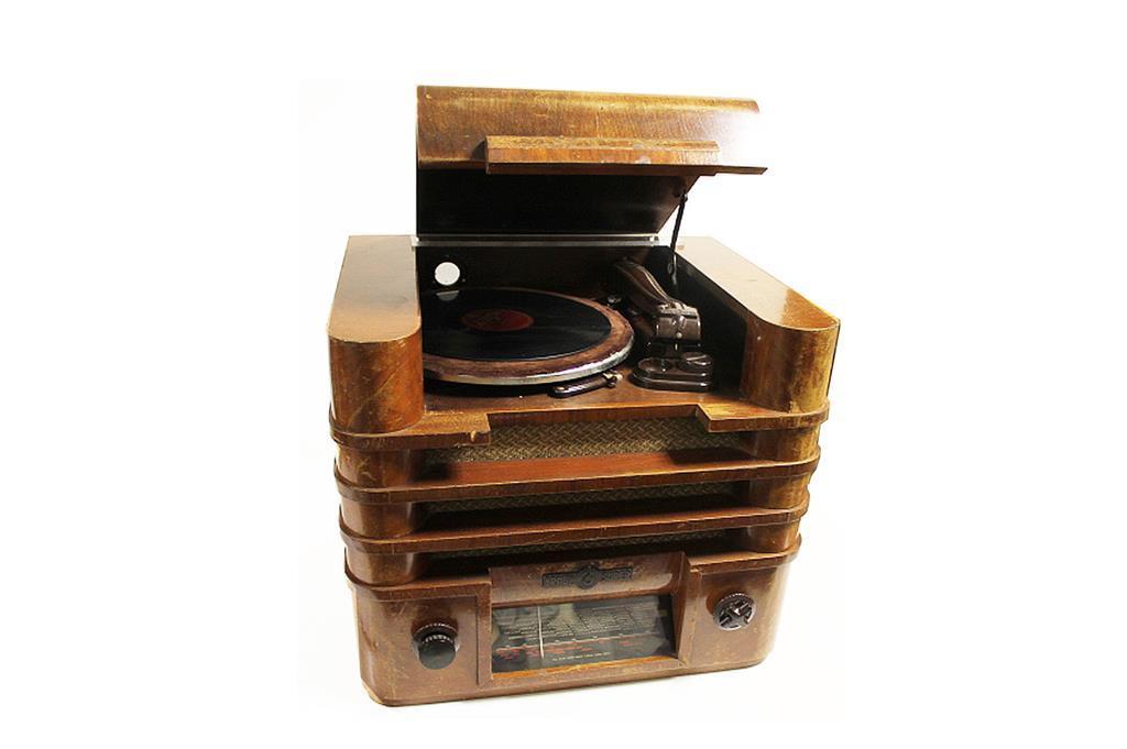 braun radio und grammophon 1935. Black Bedroom Furniture Sets. Home Design Ideas